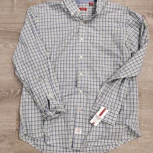 Izod L collared button shirt